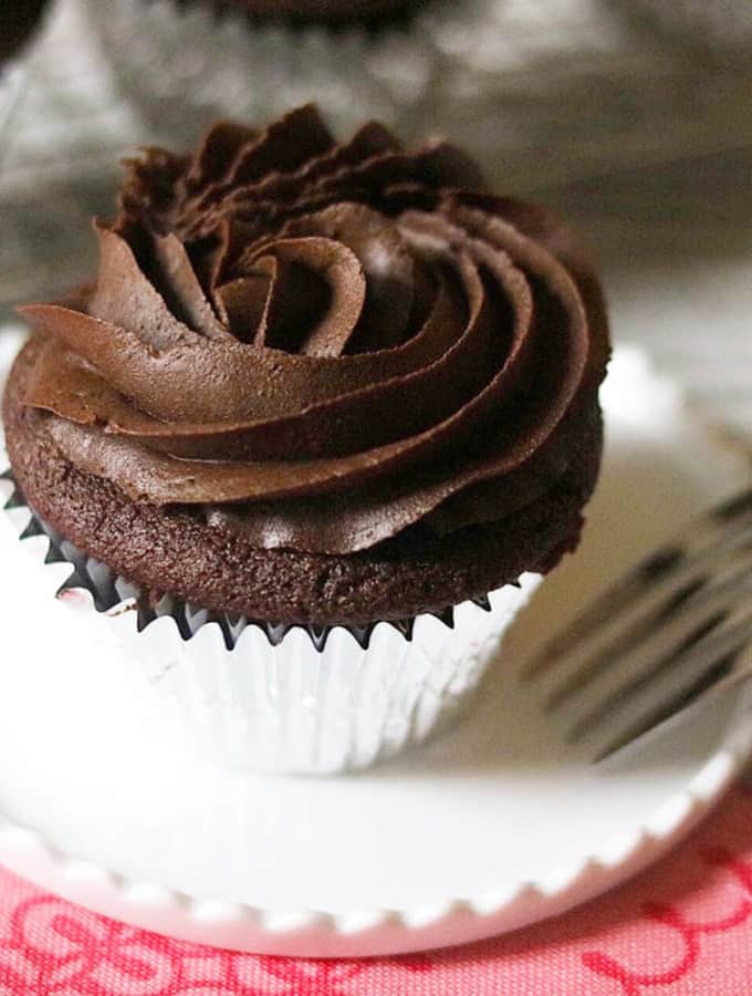 Dreamy Double Fudge Cupcakes