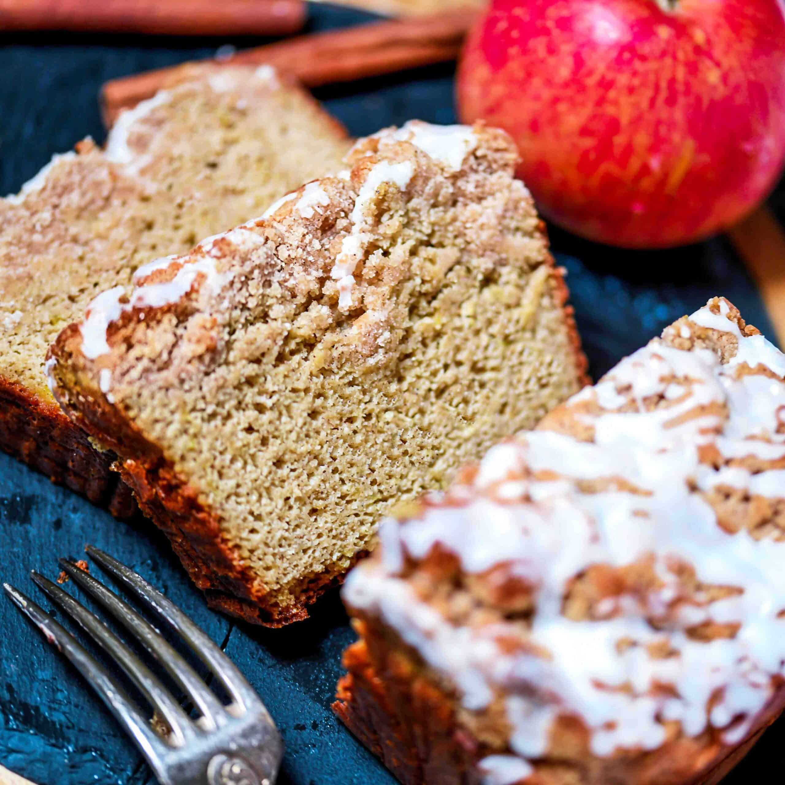 Low-Carb Apple Cobbler Bread