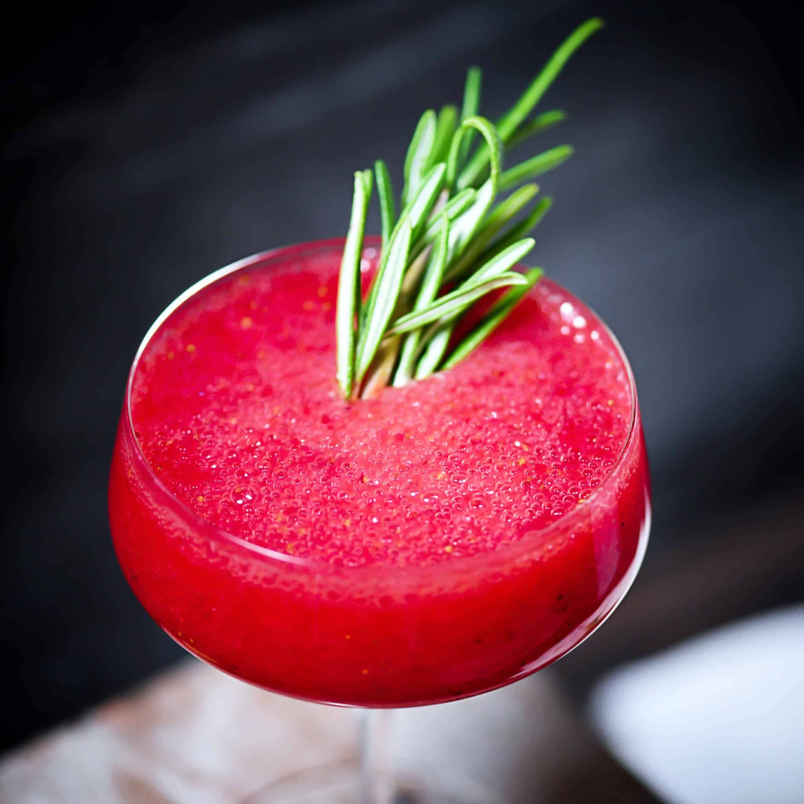 Keto Strawberry Cocktail