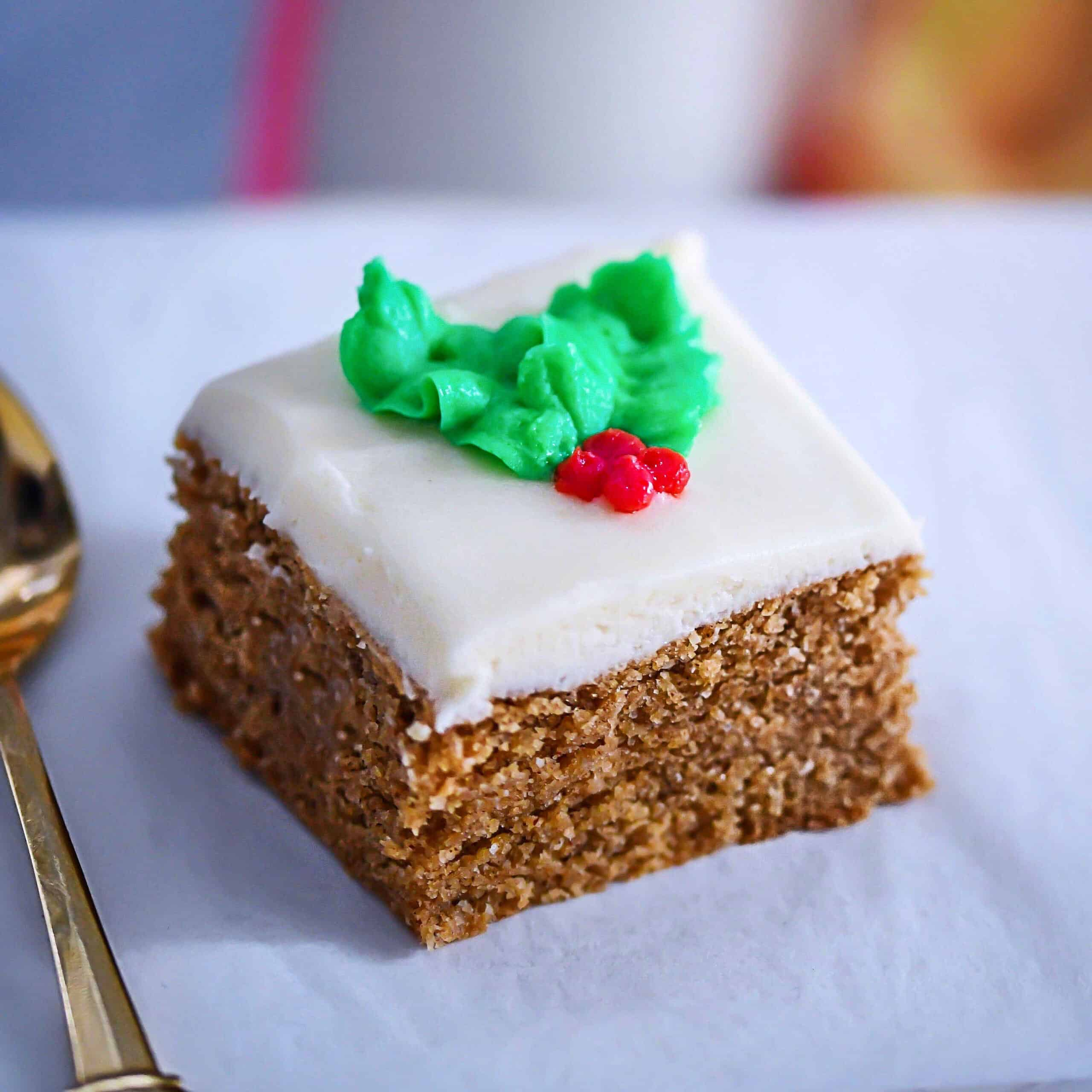 Low-Carb Gingerbread Bar with holly leaf
